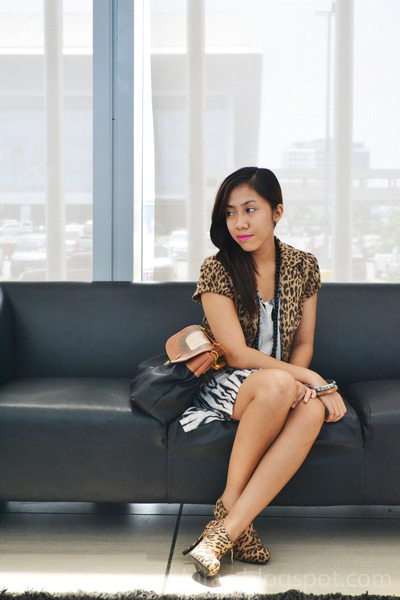 brown leopard print Forever 21 blazer - black zebra print H&M dress