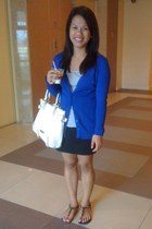 black shirt - white Steve Madden bag - blue cardigan