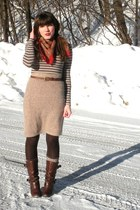 dark brown uttley Aldo boots - heather gray striped H&M dress - red thrifted sca