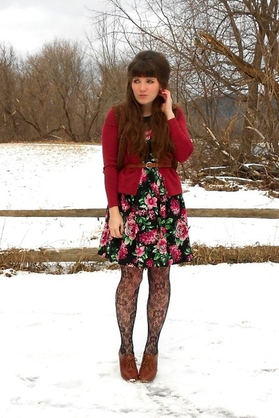 black floral modcloth dress - black lace tights