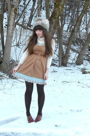 light brown dress - ivory faux-fur H&M hat - cream thrifted LLBean sweater