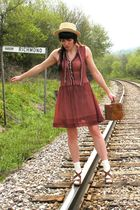 red thrifted dress - beige Urban Outfitters hat - brown simply vera shoes - brow