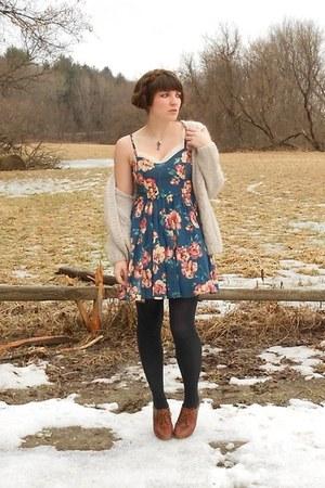 sky blue magnolia modcloth dress - cream slip Urban Outfitters dress