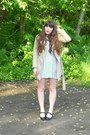 Black-mary-janes-payless-shoes-ivory-polka-dot-forever-21-dress