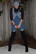 black Steve Madden boots - heather gray pants - blue Jessica Simpson top - blue