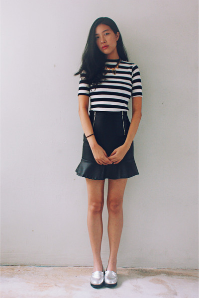 navy striped Taobao top - off white metallic Taobao loafers