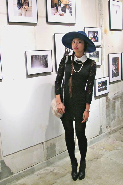 black dolcevita boots - black AHAISHOPPING dress - navy Zara hat