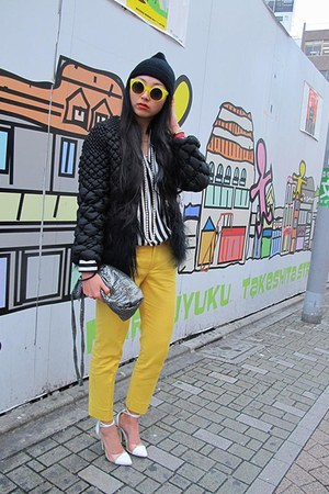 yellow Zara pants