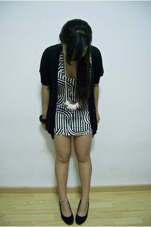black Forever 21 cardigan - black Zara shoes - white FEMMEX dress - off white ac