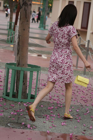 pink H&M dress - yellow Steve Maddent shoes - yellow Marc by Marc Jacobs accesso