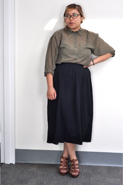 Olive Green Sheer Buttons, Up H&M Blouses, Black Long Skirt Uniqlo ...