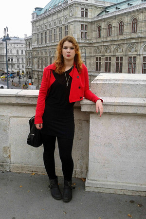 black Deichmann boots - red Stradivarius jacket - black Stradivarius shirt