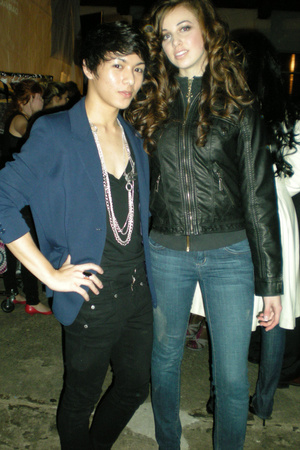 bdg urban outfitters shirt - lady dutch pants - vintage blazer - vintage accesso