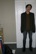 American Apparel scarf - Aldo boots - vintage blazer - Gap shirt - Urban Outfitt