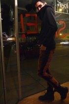 black Cash Crop sweater - black H&M pants - black thrift boots - black H&M scarf
