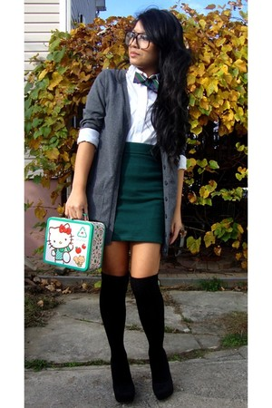 white NY&Company top - green Forever 21 skirt - black Forever 21 socks - black C