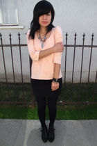 pink H&M shirt - black H&M skirt - black Topshop boots - black La Mer Collection