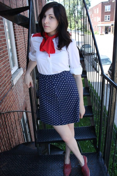 white young captive vintage blouse - blue thrifted skirt - red vintage shoes