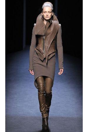 brown leggings - black boots - brown dress