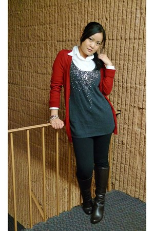 black Macys leggings - dark brown Easy Spirit boots - white shirt