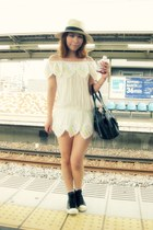 white nadesico dress - eggshell H&M hat - peach American Apparel socks