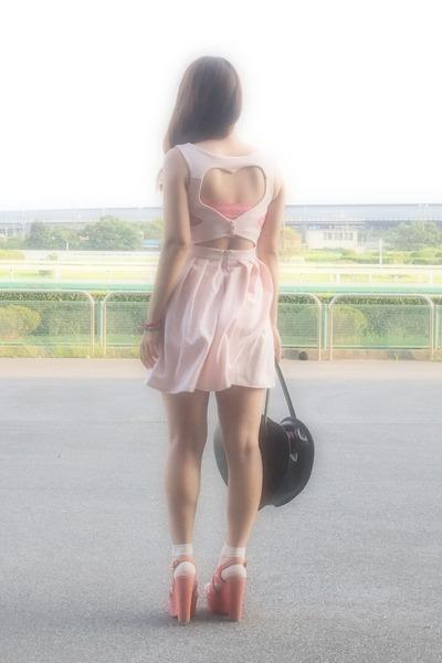 light pink Topshop dress - black heart bag Milk bag