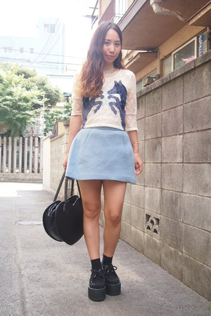 black heart bag Milk bag - blue skort snidel shorts - navy sretsis top