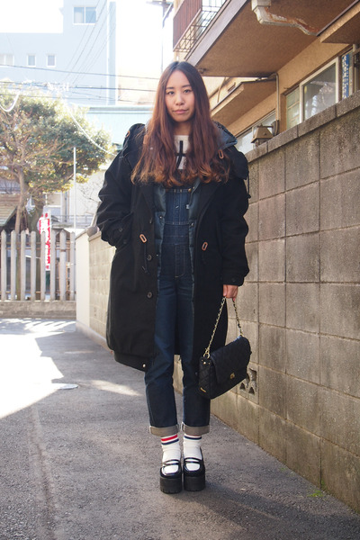 black purple end coat - navy salopette beauty&youth united arrows jeans