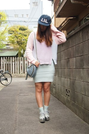silver Murua shoes - navy lil cap LILLILLY hat - light pink Labyrinth sweater