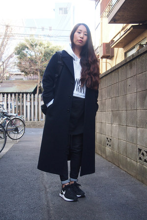black skinny DHOLIC jeans - navy wool maxi GVGV coat
