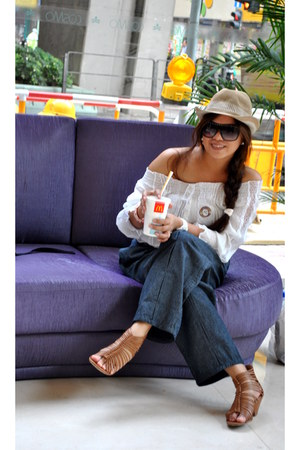 hat - Aldo sunglasses - white blouse - Forever 21 sandals