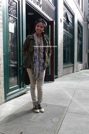 tan oxfords Forever 21 shoes - tan Forever 21 jeans - dark green military jacket