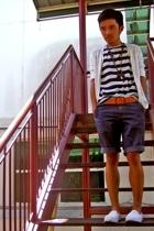Bossini sweater - Uniqlo shirt - Diesel belt - YVES shorts