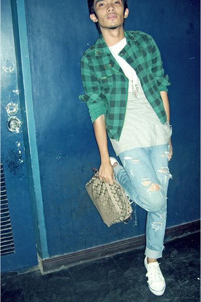 Mango shirt - Promod shirt - Uniqlo jacket - Chevignon pants - Guess accessories