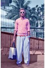 Pink-shirt-white-foldable-ray-ban-sunglasses-dark-khaki-cardams-flats-ligh