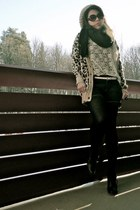 thrifted  alpha paca hat - animal print GINA TRICOT jacket - black scarf Esprit