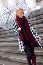 white Sheinside coat - crimson Gido boots - navy sweater - crimson scarf