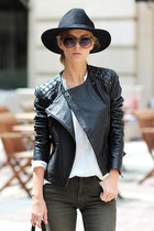black hat - black leather jacket Viparo jacket - white shirt - black bag