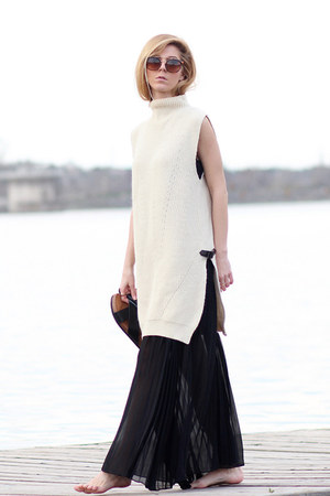 black romwe dress - eggshell romwe sweater - brown Sheinside sunglasses