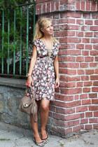 light brown dress - light brown bag - tan flats - aquamarine necklace