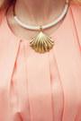 Peach-queens-wardrobe-dress-light-yellow-bag-tan-belt-gold-flats