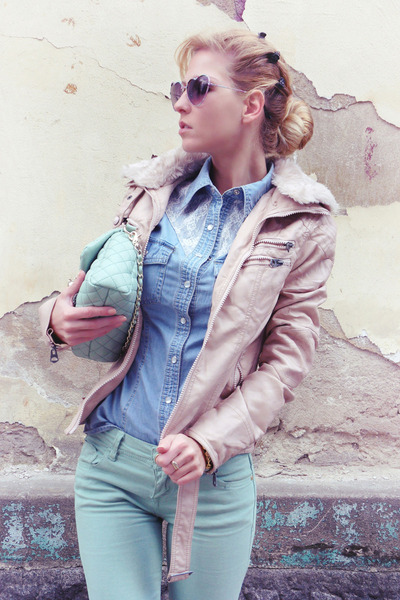 aquamarine jeans - light pink jacket - light blue shirt - aquamarine bag