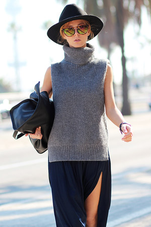 heather gray Choies sweater - black boots - black hat - black bag - navy watch