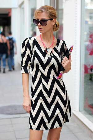 black chevron Winter Lennon dress - eggshell Zara bag - hot pink H&M heels