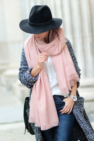 gray Choies cardigan - black boots - navy jeans - black hat - light pink scarf