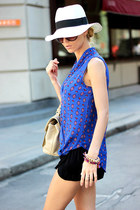 blue PERSUNMALL shirt - ivory hat - eggshell bag - black shorts - black sandals