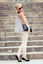 neutral top - peach jeans - black bag - black loafers