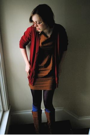 American Apparel sweater - vintage dress - HUE tights - Marimekko socks - Urban