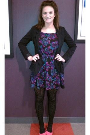 hot pink BDG flats - floral pattern Mimi Chica dress - Divided blazer