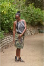 Black-a-line-tank-old-navy-top-olive-green-handmade-skirt
